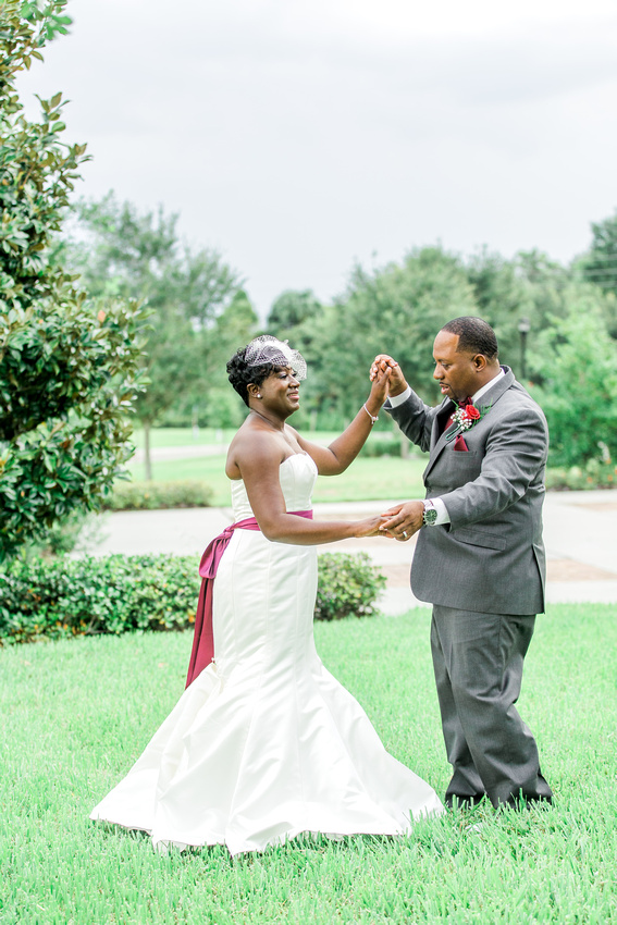 Bride and groom's newlywed photos, Tampa wedding photographer
