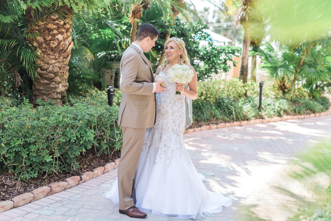 Destination wedding in Tampa. First look on wedding day.