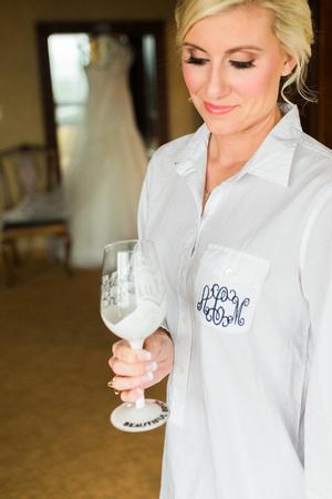 Bride getting ready on wedding day. Lake Tahoe Wedding. Lake Tahoe wedding photographer. Destination wedding photographer.