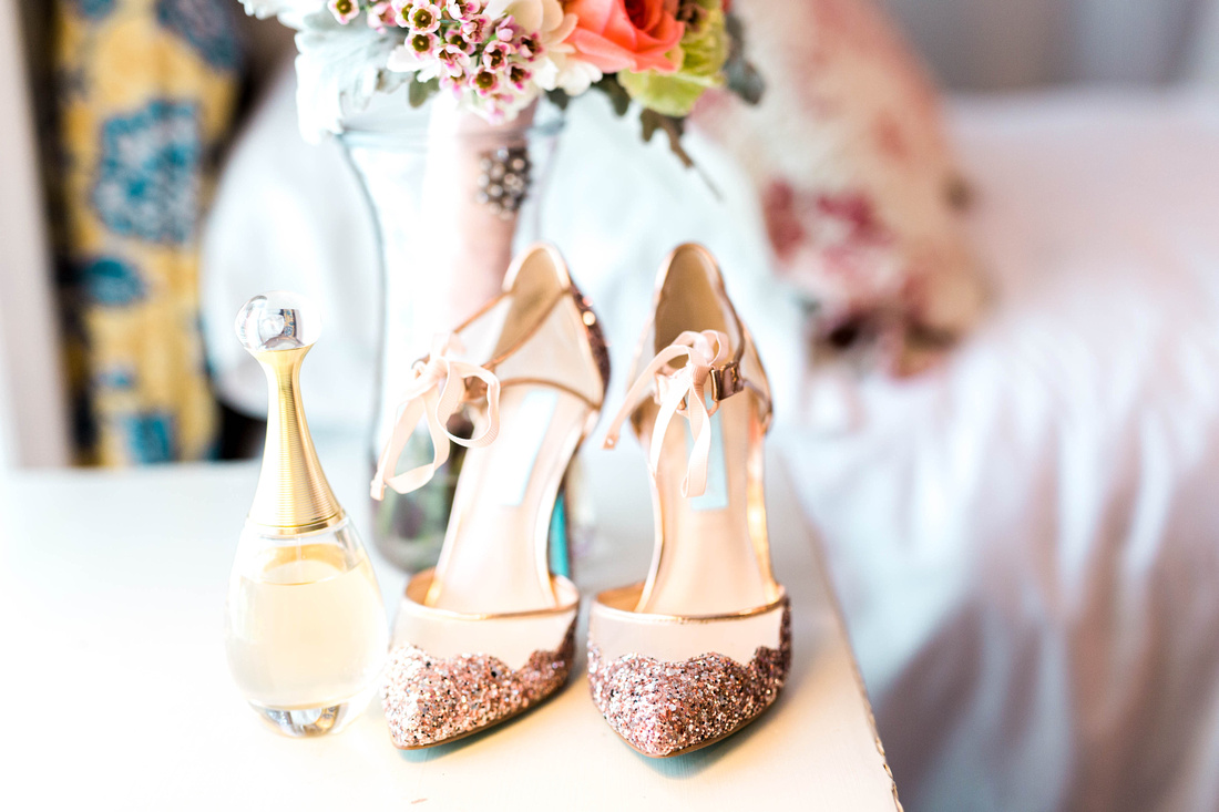 Casa Lantana Wedding. Pink and White wedding details. Florida wedding. Outdoor wedding