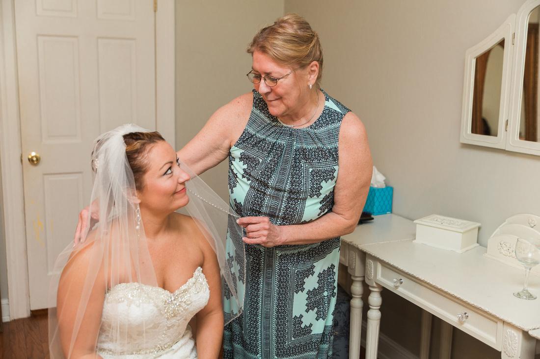 Bride and groom getting ready on wedding day. Casa Lantana Wedding. Tampa Wedding Photographer