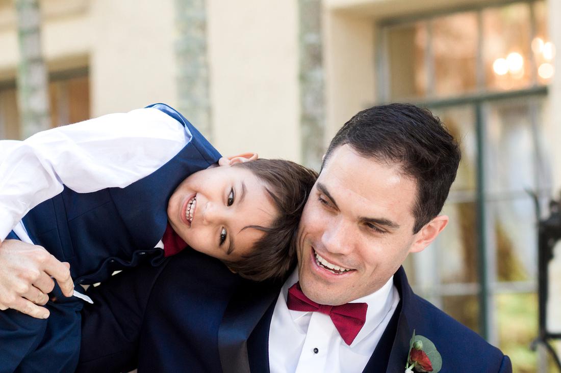 Bridal Party Photos. Groom & groomsmen in Navy. Bridesmaids in dusty pink. Tampa Wedding Venue, Powel Crosley Estate
