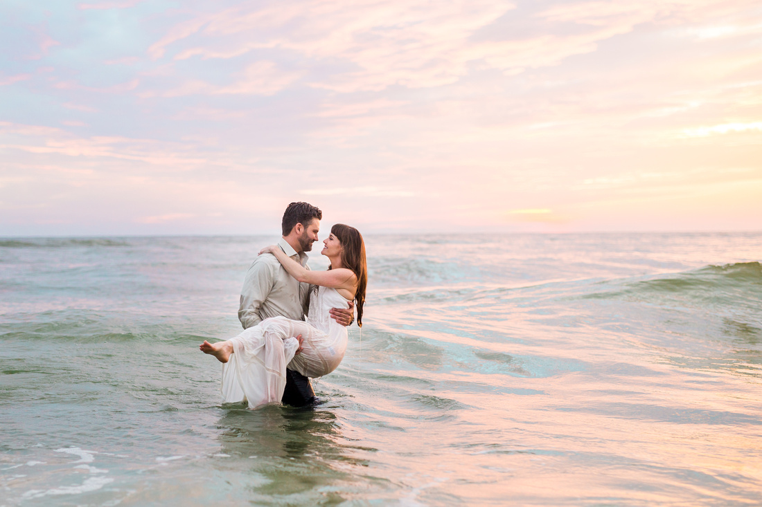 Engagement photography by Rising Lotus Photography