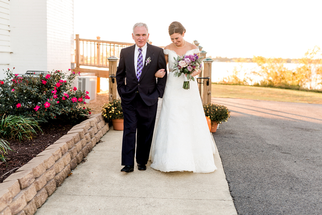 Wedding ceremony at The Obici House. Virginia Wedding Photographer