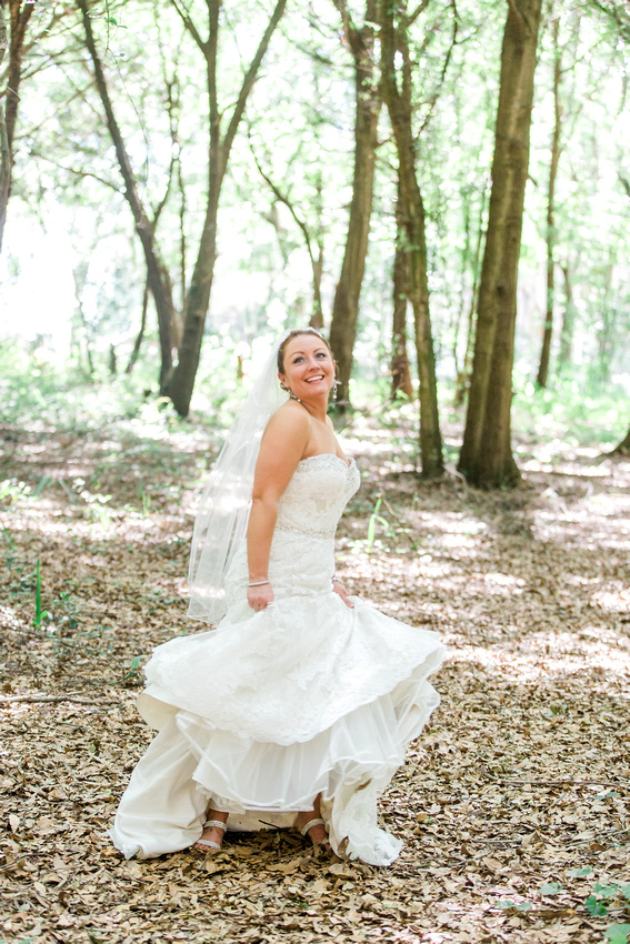 Bridal portraits. Tampa Wedding Photographer. Casa Lantana Wedding.