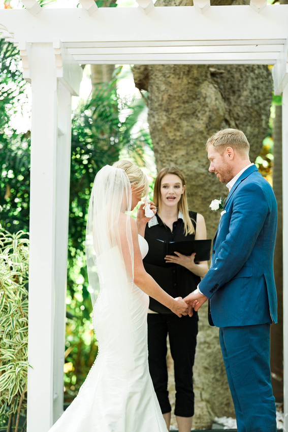 Bride and Groom in Key West. Key West Wedding Photographer. Key West Wedding. Intimate Key West Wedding. Hemmingway House Wedding.