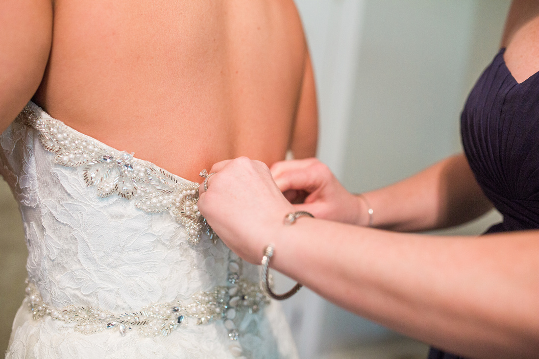 Bride and groom getting ready on wedding day. Casa Lantana Wedding. Tampa Wedding Photographer