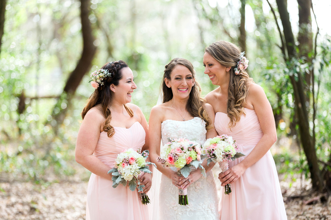 Casa Lantana Wedding. Florida Wedding Photographer. Pink and White wedding details. Bridal party photos. Maid of honor. Tampa wedding venue.