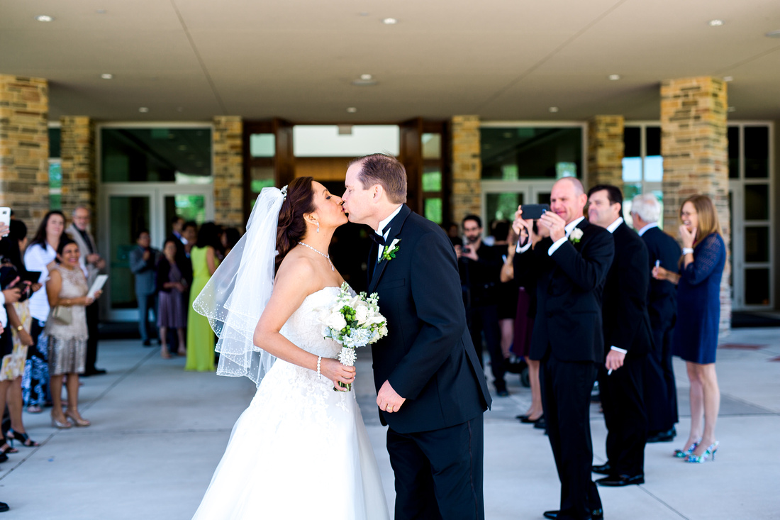 Church wedding in Tampa.  Tampa wedding photographer.