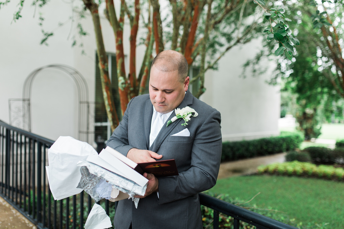 The Palmetto Club at Fishhawk Ranch Wedding. Bridal Prep. Tampa Wedding Photographer.