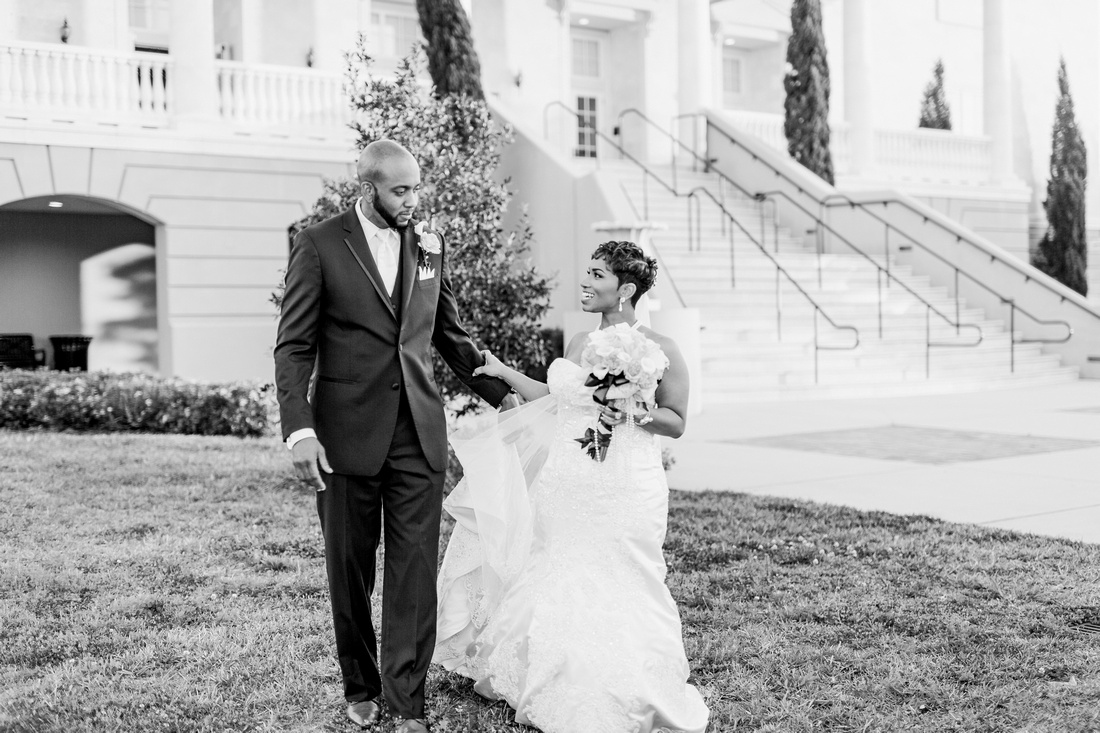 Newlywed photos at The Regent in Tampa