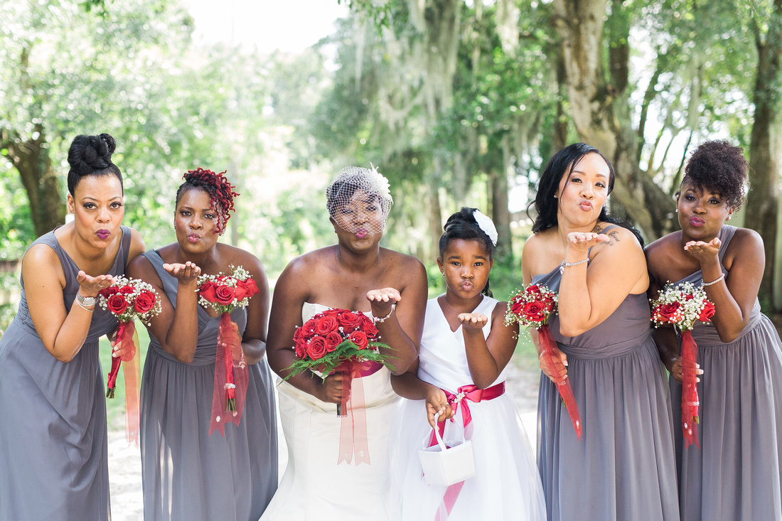 Bridal party photos, Tampa wedding, red and gray