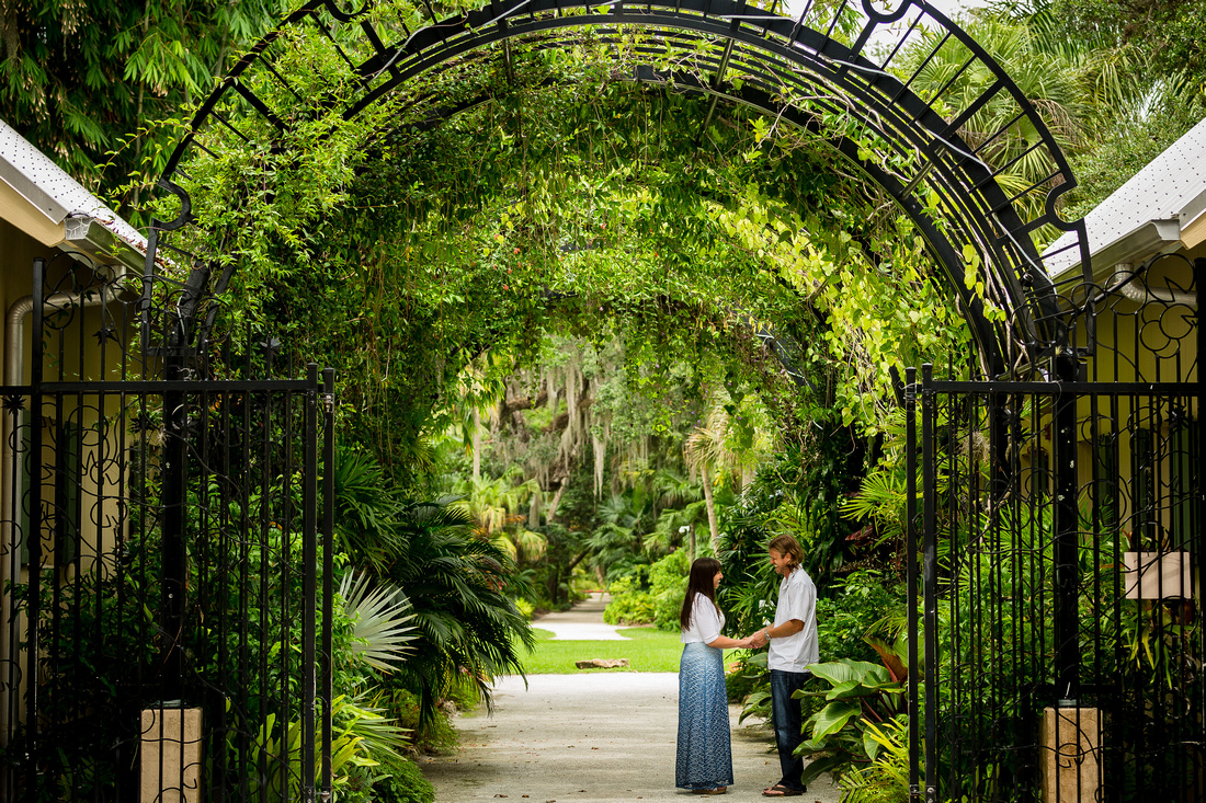 Rising Lotus Photography | McKee Garden Engagement Session: Vero ...