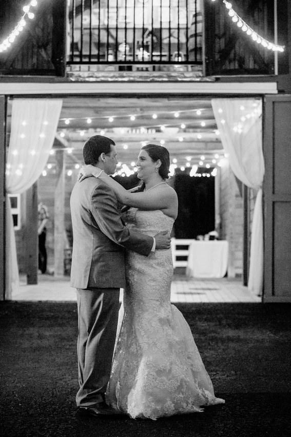 Rustic wedding reception at Tampa wedding venue, The Lange Farm's Antique Barn