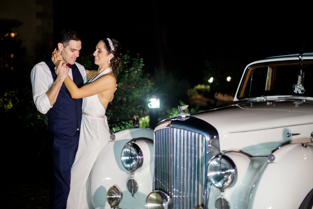 Night time newlywed photos at Sarasota wedding venue, Powel Crosley Estate. Rising Lotus Photography, Sarasota wedding photographer