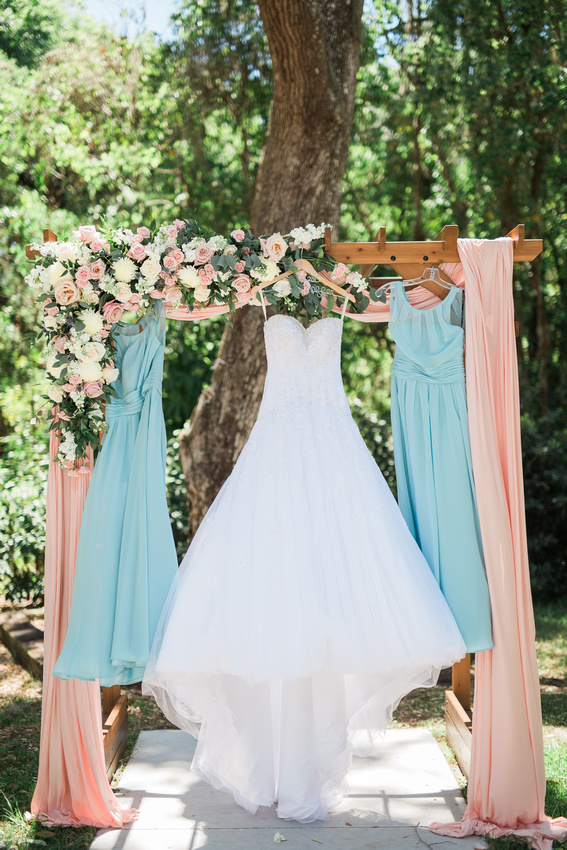 Bakers ranch wedding - pastel pink and blue wedding details